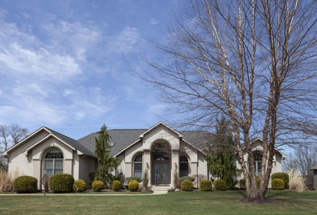 33044 Lake Forest Court, Niles, MI 49120 (MLS #19014422) :: Matt Mulder Home Selling Team
