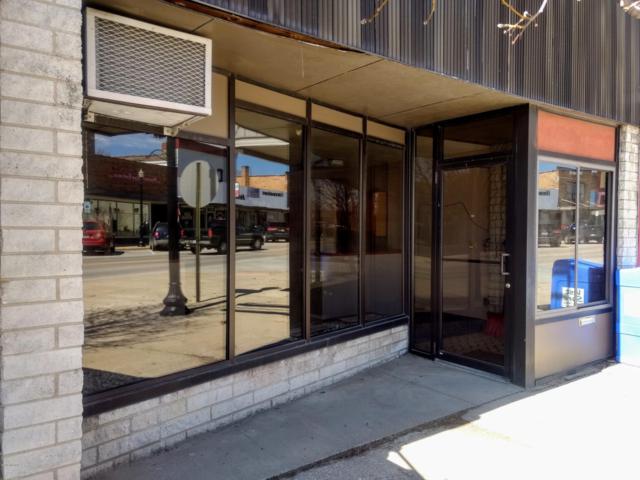 126 S Main Street, Scottville, MI 49454 (MLS #19014496) :: Deb Stevenson Group - Greenridge Realty
