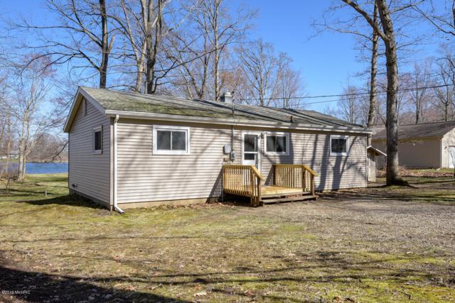 12 Baur Lane, Vicksburg, MI 49097 (MLS #19014669) :: Matt Mulder Home Selling Team