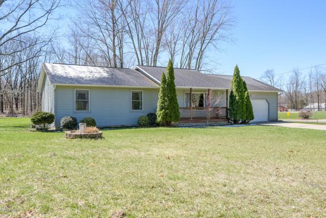 4 Oak Leaf Lane, Battle Creek, MI 49017 (MLS #19014724) :: Matt Mulder Home Selling Team