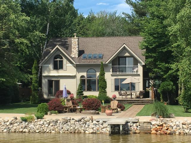 13377 Hopkins Forest Dr. Drive, Bear Lake, MI 49614 (MLS #19014883) :: Matt Mulder Home Selling Team