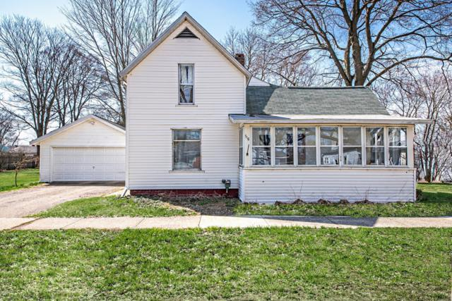 518 E Linden Street, Hartford, MI 49057 (MLS #19015008) :: CENTURY 21 C. Howard