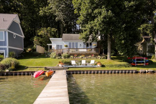 1449 W Gull Lake Drive, Richland, MI 49083 (MLS #19015071) :: CENTURY 21 C. Howard
