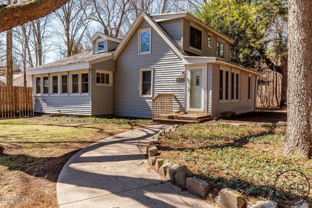 7996 Bedau Street, Montague, MI 49437 (MLS #19015074) :: Matt Mulder Home Selling Team