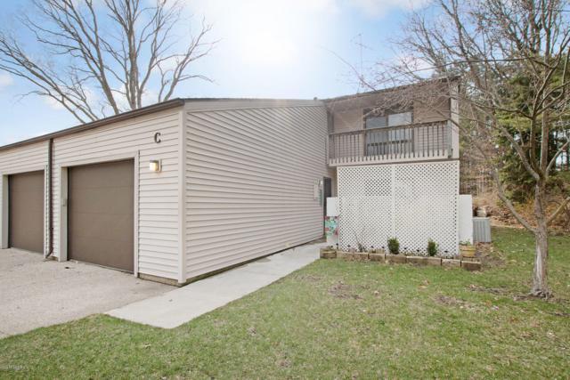 17570 Parkwood Drive C, Spring Lake, MI 49456 (MLS #19015129) :: Matt Mulder Home Selling Team