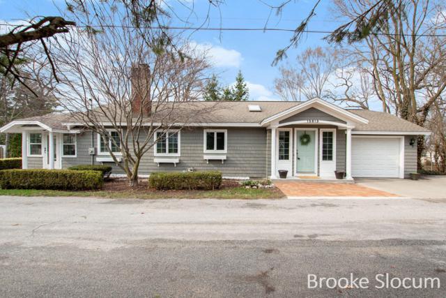 15813 Margaret Avenue, Spring Lake, MI 49456 (MLS #19015134) :: CENTURY 21 C. Howard