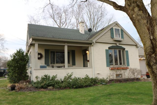 300 Plum Street, Wayland, MI 49348 (MLS #19015305) :: Deb Stevenson Group - Greenridge Realty