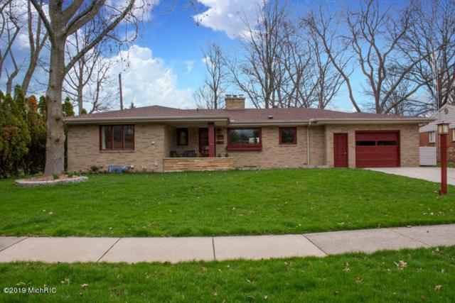 2803 Veronica Drive, St. Joseph, MI 49085 (MLS #19015381) :: Matt Mulder Home Selling Team