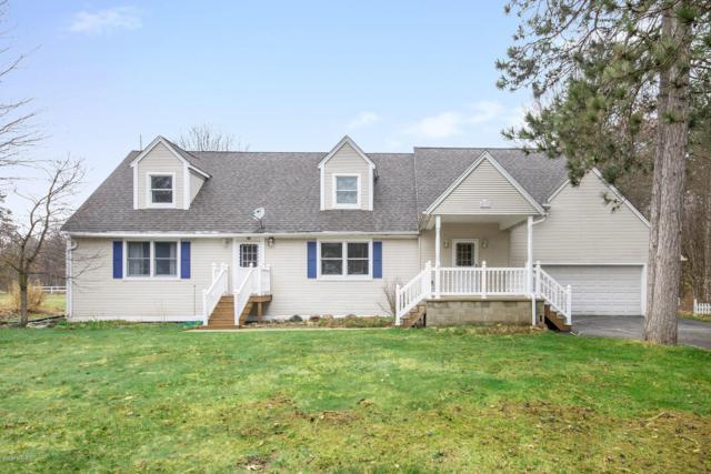 4833 Red Pine Drive, Grant, MI 49327 (MLS #19015431) :: Matt Mulder Home Selling Team