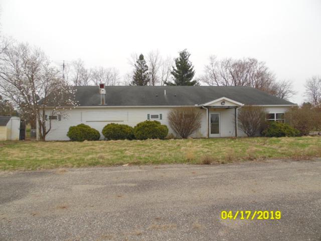 1015 Brink Road, Bronson, MI 49028 (MLS #19015478) :: Matt Mulder Home Selling Team