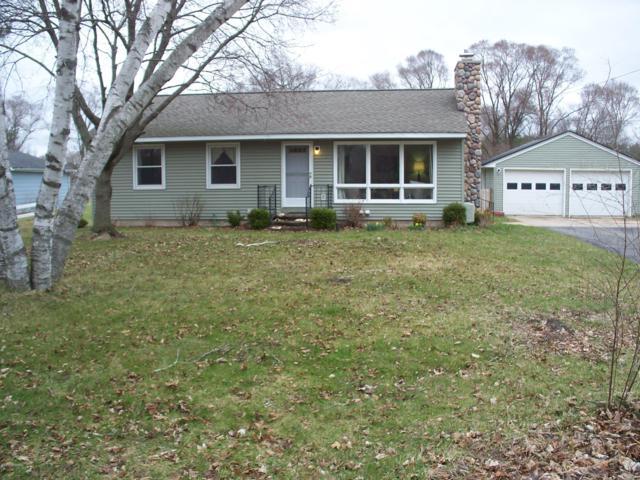720 West Avenue, Big Rapids, MI 49307 (MLS #19015525) :: Deb Stevenson Group - Greenridge Realty