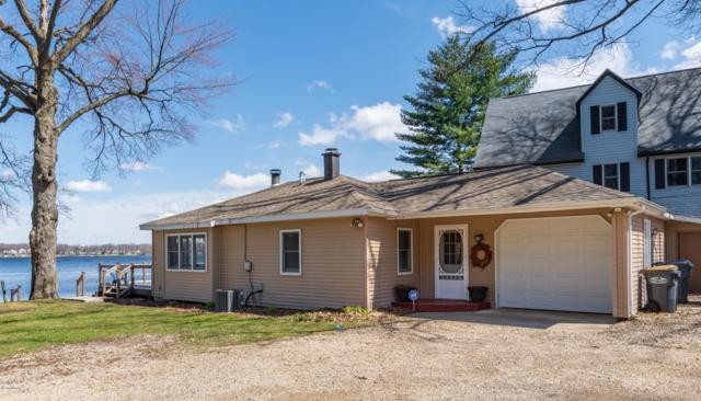 803 Lakeview Drive, Portage, MI 49002 (MLS #19015666) :: CENTURY 21 C. Howard