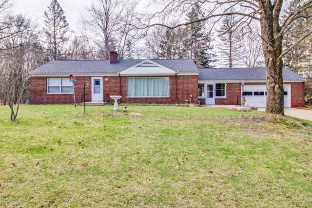 3910 E Kirby Road, Battle Creek, MI 49017 (MLS #19015674) :: Matt Mulder Home Selling Team