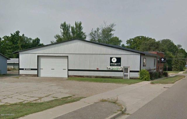 712 E Bridge Street, Plainwell, MI 49080 (MLS #19015727) :: Matt Mulder Home Selling Team