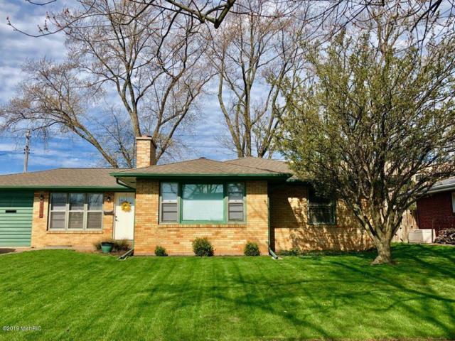 2818 Willa Drive, St. Joseph, MI 49085 (MLS #19015738) :: Matt Mulder Home Selling Team