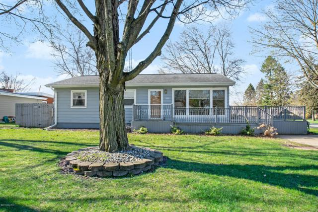 1138 Wedgewood Road, St. Joseph, MI 49085 (MLS #19015762) :: Deb Stevenson Group - Greenridge Realty