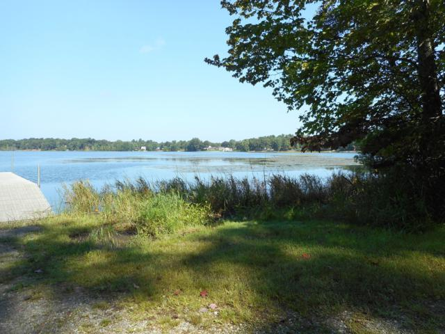 6675 Russell Road, Twin Lake, MI 49457 (MLS #19015776) :: Deb Stevenson Group - Greenridge Realty