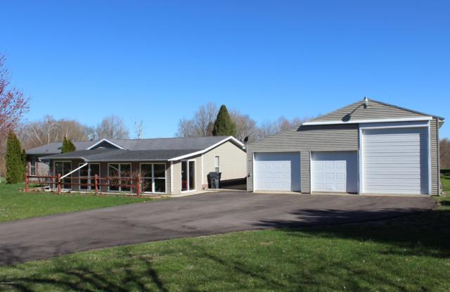 63766 Maple Lane, Bangor, MI 49013 (MLS #19015848) :: Deb Stevenson Group - Greenridge Realty