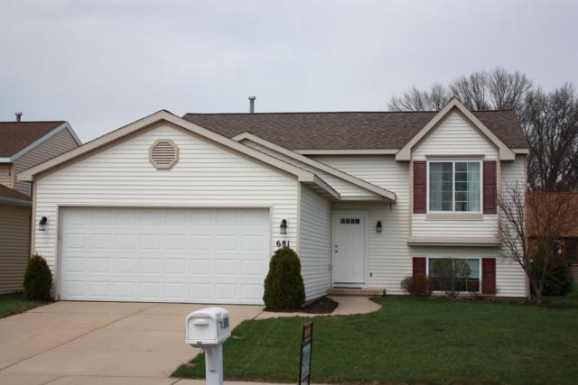 681 Silverglade Drive SE, Grand Rapids, MI 49548 (MLS #19015868) :: Deb Stevenson Group - Greenridge Realty