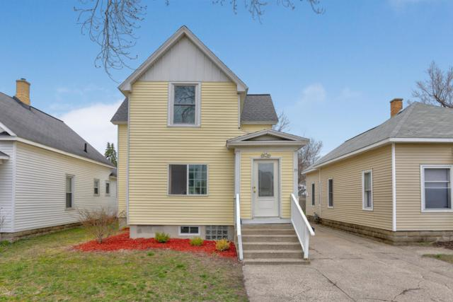 35 E 19th Street, Holland, MI 49423 (MLS #19015918) :: Matt Mulder Home Selling Team