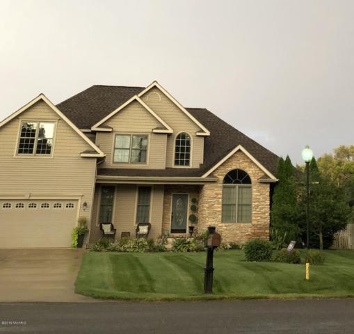 56081 Truman Drive, Three Rivers, MI 49093 (MLS #19015926) :: Matt Mulder Home Selling Team