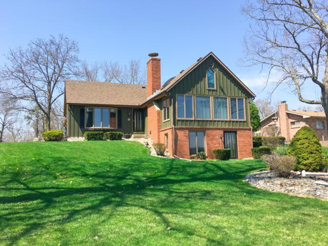 156 Cary Lake Drive, Coldwater, MI 49036 (MLS #19015964) :: CENTURY 21 C. Howard