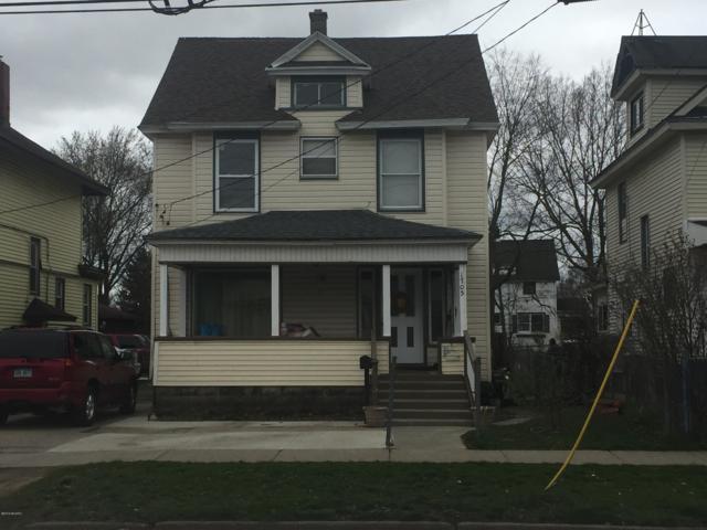 1705 Buchanan Avenue SW, Grand Rapids, MI 49507 (MLS #19016074) :: CENTURY 21 C. Howard