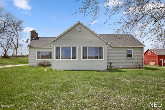 7105 Lessiter Avenue NE, Belding, MI 48809 (MLS #19016117) :: Deb Stevenson Group - Greenridge Realty