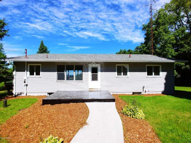 6787 S Scenic Highway, Arcadia, MI 49613 (MLS #19016251) :: Matt Mulder Home Selling Team