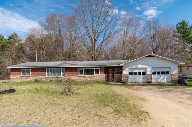 76522 30th Avenue, Covert, MI 49043 (MLS #19017210) :: Matt Mulder Home Selling Team