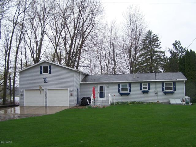 5504 Meisenbach Drive, Hastings, MI 49058 (MLS #19017510) :: Matt Mulder Home Selling Team
