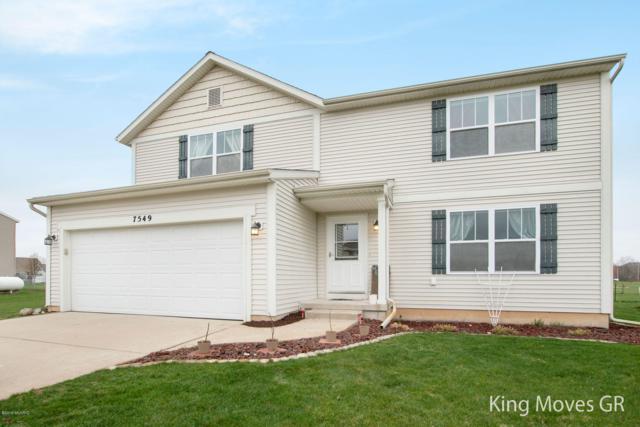 7549 Red Cedar Drive NE, Cedar Springs, MI 49319 (MLS #19018053) :: Matt Mulder Home Selling Team