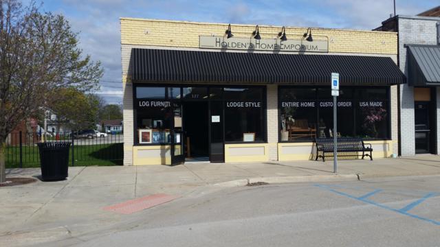 127 S Main Street, Scottville, MI 49454 (MLS #19018711) :: Deb Stevenson Group - Greenridge Realty