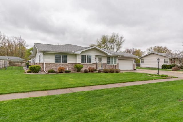 106 Prairie Avenue, White Pigeon, MI 49099 (MLS #19018785) :: Deb Stevenson Group - Greenridge Realty