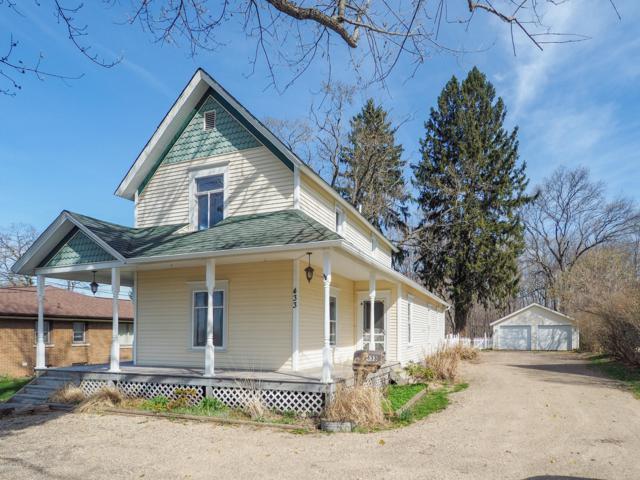 433 Grand Street, Allegan, MI 49010 (MLS #19018917) :: Deb Stevenson Group - Greenridge Realty