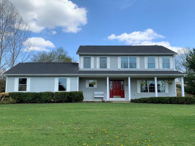 74767 Cr 652, Lawton, MI 49065 (MLS #19018952) :: Matt Mulder Home Selling Team