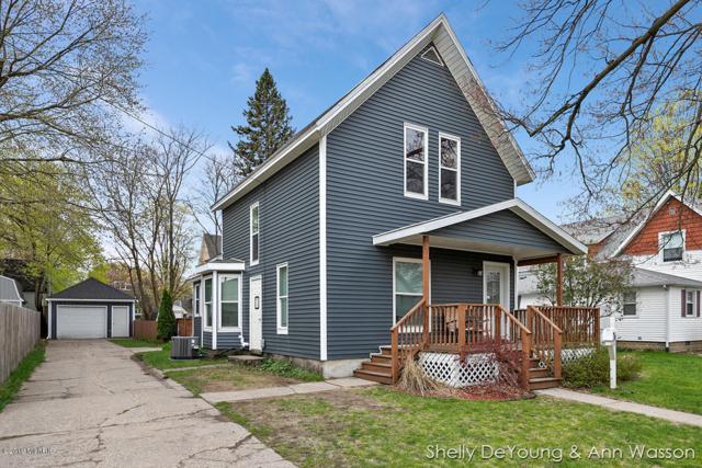 209 E Congress Street, Belding, MI 48809 (MLS #19019034) :: Deb Stevenson Group - Greenridge Realty