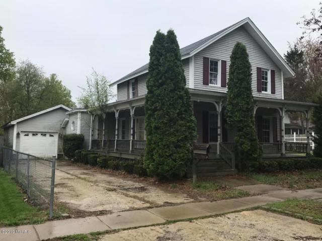 111 Washington Street, Hudson, MI 49247 (MLS #19019091) :: Deb Stevenson Group - Greenridge Realty