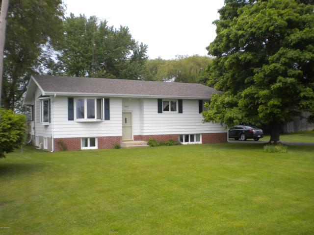 3450 W Conrad Road, Ludington, MI 49431 (MLS #19019286) :: Matt Mulder Home Selling Team
