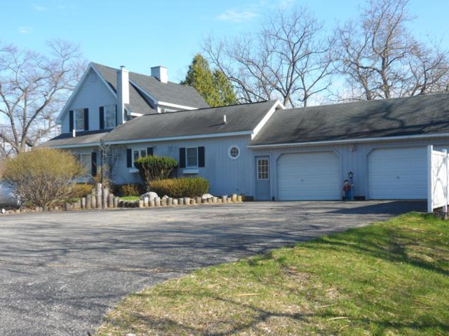 564 N Jackpine Road, Fountain, MI 49410 (MLS #19019635) :: Matt Mulder Home Selling Team