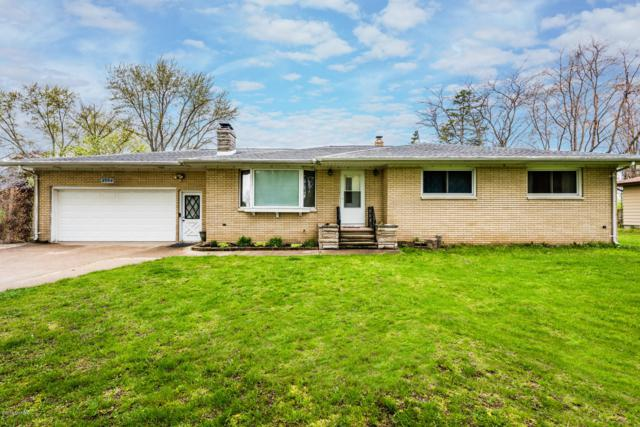 2554 Woodley Drive, Benton Harbor, MI 49022 (MLS #19019824) :: Deb Stevenson Group - Greenridge Realty