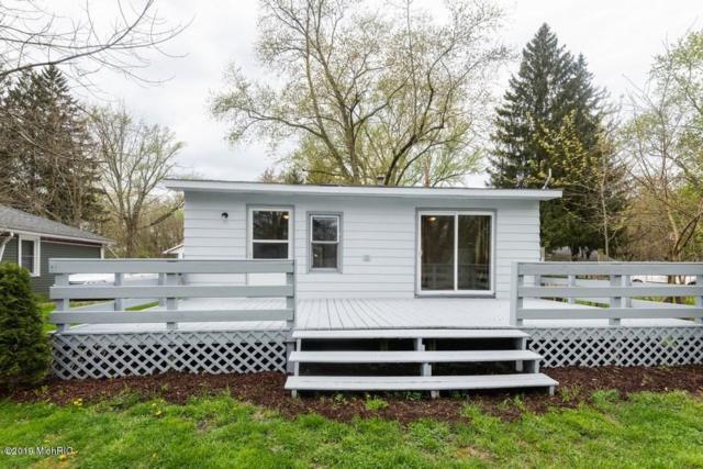 6147 Milton Court, Coloma, MI 49038 (MLS #19019853) :: Matt Mulder Home Selling Team