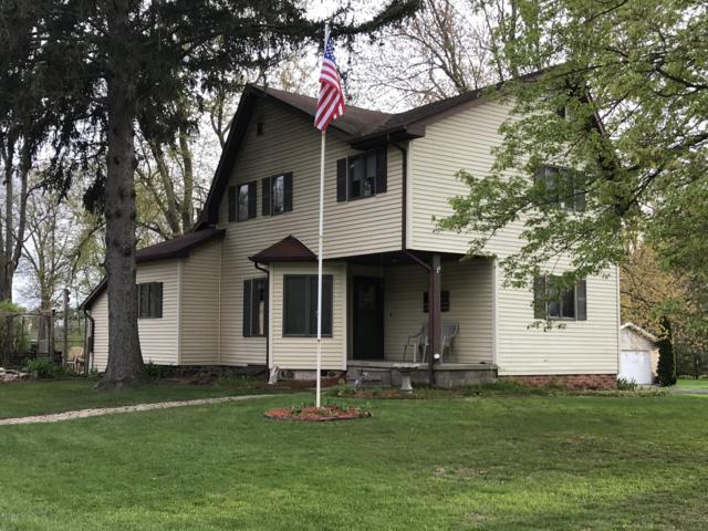 5251 Monroe Street, Osseo, MI 49266 (MLS #19019928) :: Matt Mulder Home Selling Team