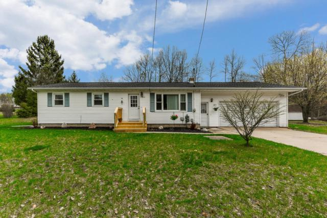 1412 Bjornson Street, Big Rapids, MI 49307 (MLS #19020018) :: Matt Mulder Home Selling Team