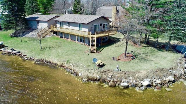 1034 Crown Point Drive, Lake Isabella, MI 48893 (MLS #19020066) :: Deb Stevenson Group - Greenridge Realty