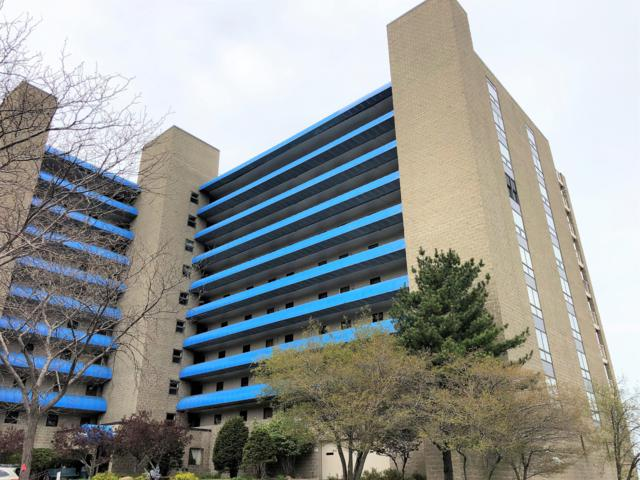 100 Lake Shore Drive #208, Michigan City, IN 46360 (MLS #19020142) :: Deb Stevenson Group - Greenridge Realty