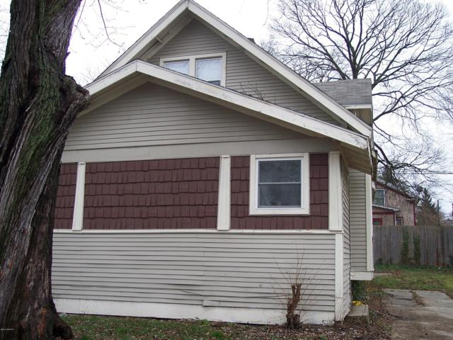 836 Hays Park Avenue, Kalamazoo, MI 49001 (MLS #19020148) :: CENTURY 21 C. Howard