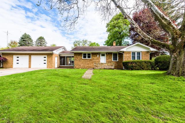 211 Pearl Street, Coloma, MI 49038 (MLS #19020327) :: Matt Mulder Home Selling Team