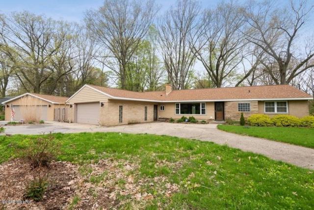 4679 Wil-O-Paw Drive, Coloma, MI 49038 (MLS #19020343) :: Matt Mulder Home Selling Team