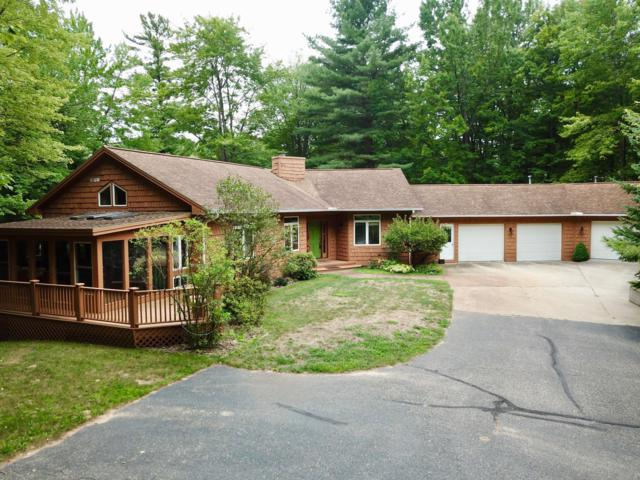312 Lakewood Drive, Cadillac, MI 49601 (MLS #19020371) :: CENTURY 21 C. Howard